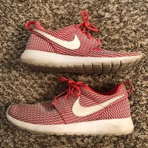 Nike youth girls roshes